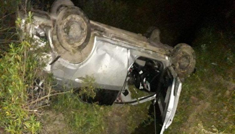 Un hombre murió y su hijo resultó herido tras volcar en la ruta N° 39