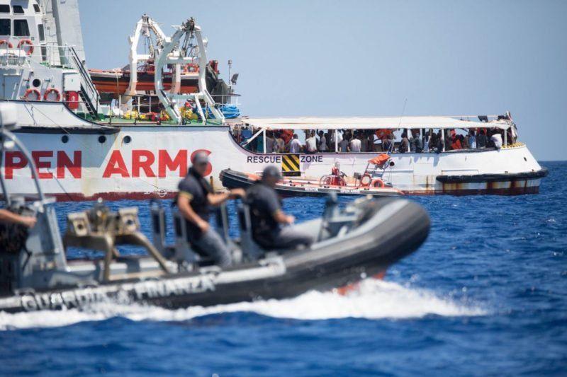 Open Arms: por qué el barco de la ONG humanitaria desencadenó un conflicto entre España e Italia