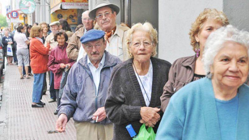 Confirman que el jueves estarán disponibles los adelantos de sueldo para jubilados y pensionados