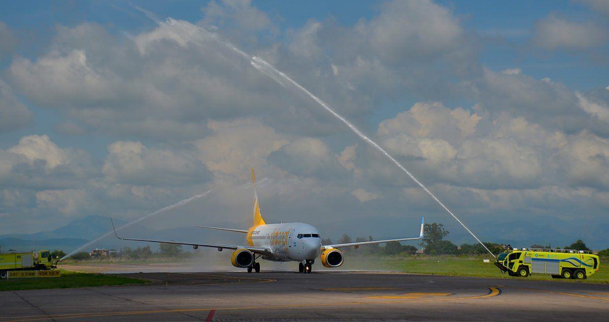 """Más de tres millones de pasajeros usaron vuelos """"low cost"""" en el país desde que empezaron a operar"""
