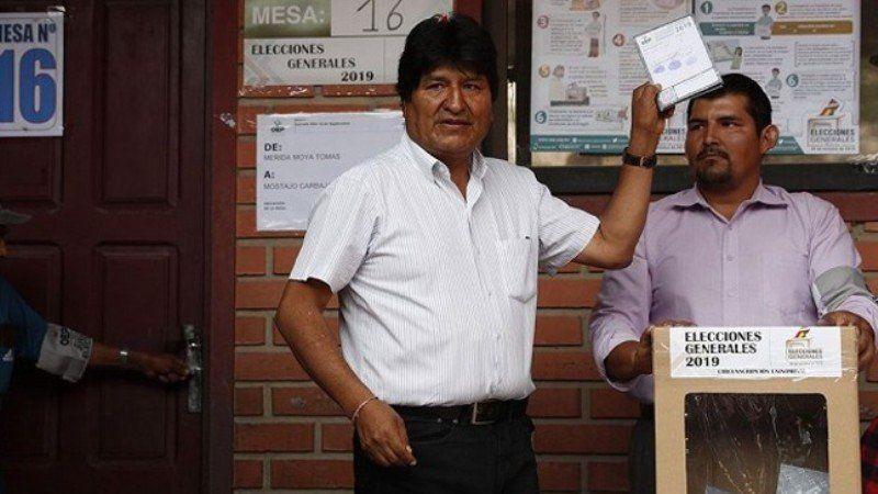 Elecciones en Bolivia: el candidato opositor Carlos Mesa denuncia la manipulación del resultado
