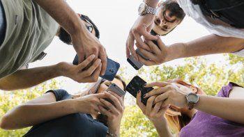 Adicciones 2.0: ansiedad, uso obsesivo de apps, depresión y aislamiento