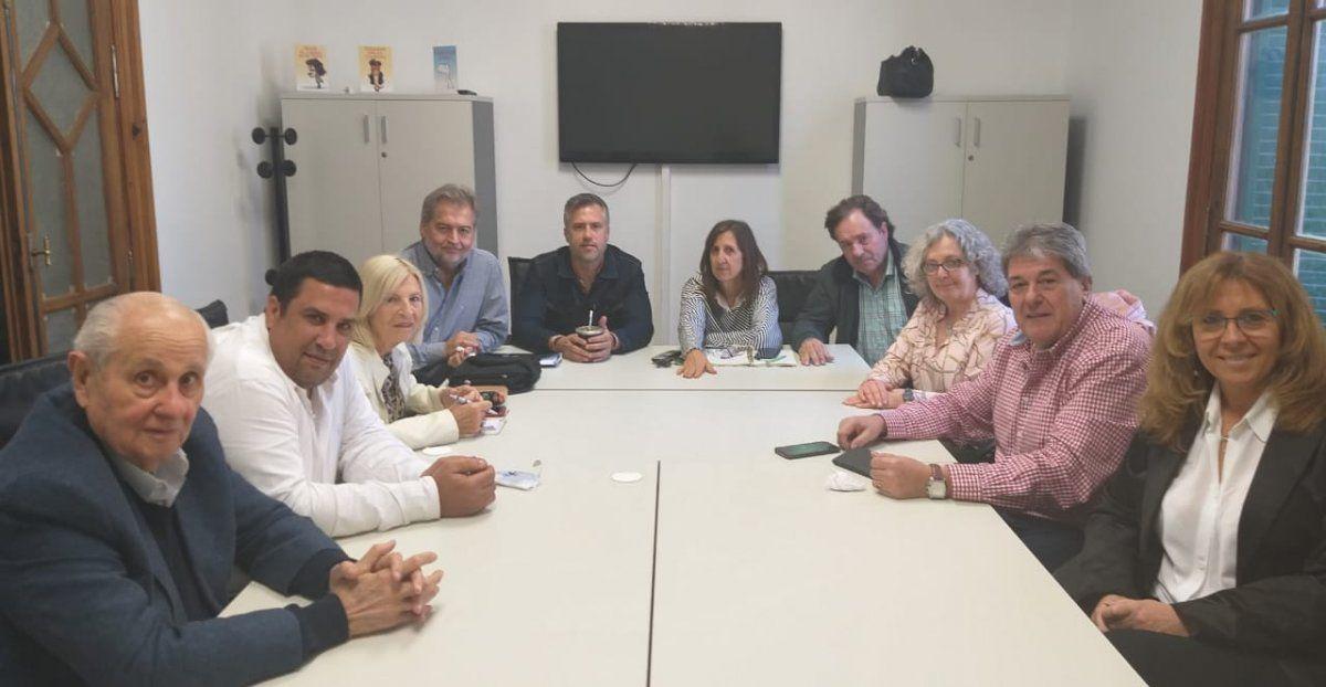 Los diputados del PJ santafesino quieren debatir la reforma de la Constitución en el año 2022
