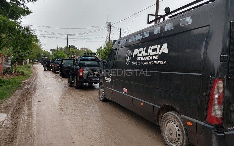 Imputaron por varios delitos a los detenidos en los allanamientos de Cabal, Los Troncos y Villa Hipódromo