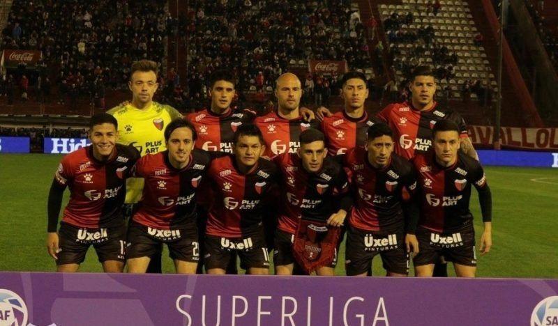 Sumar de visitante, la principal falencia de Colón en esta Superliga
