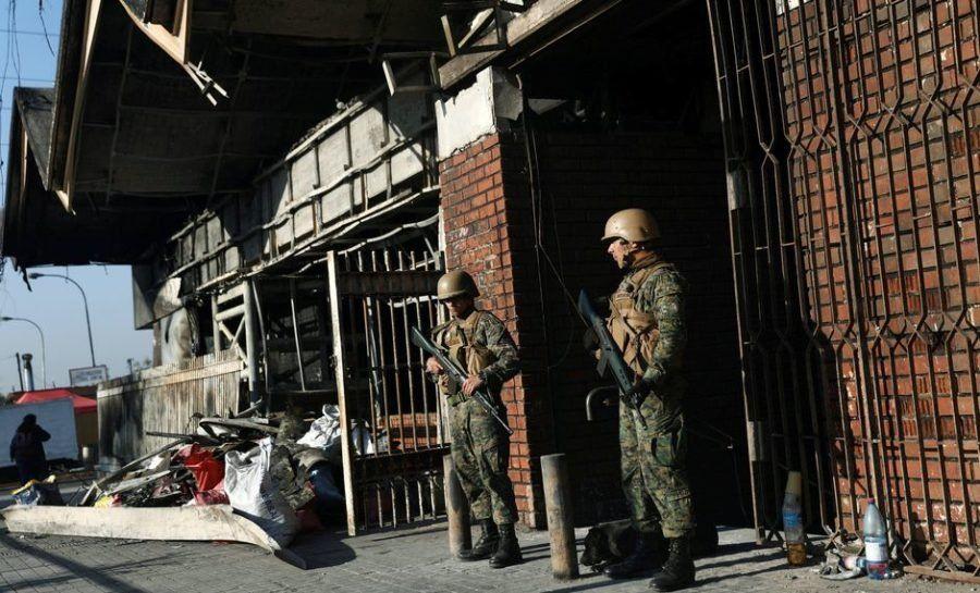 Chile continúa en estado de emergencia este lunes: hay protestas y nuevos toques de queda