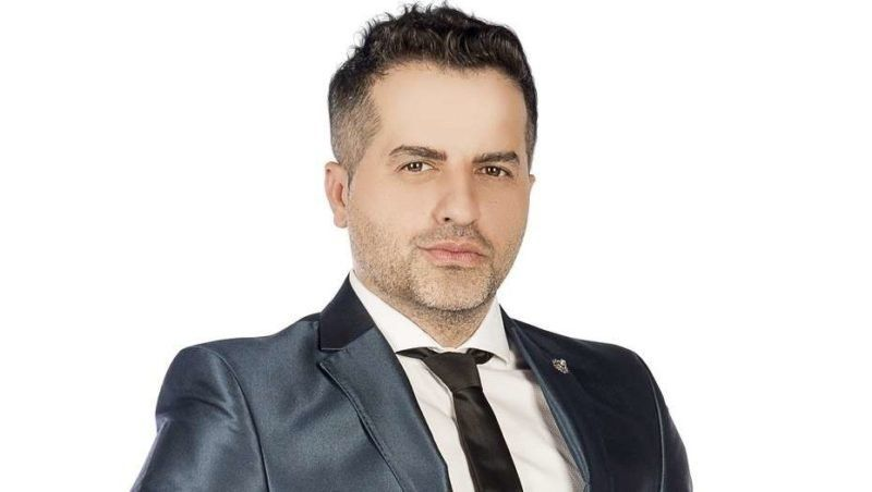 Quién es Javier Medina, el esposo de Ángel de Brito