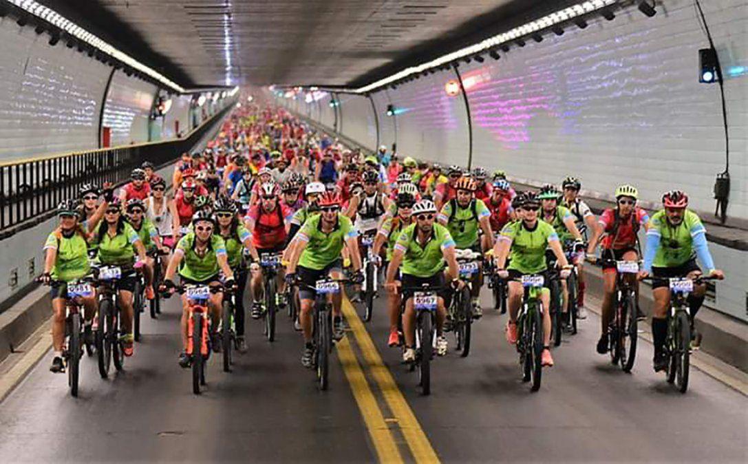 Todo listo para la octava edición del Cruce del Túnel Subfluvial en bicicleta