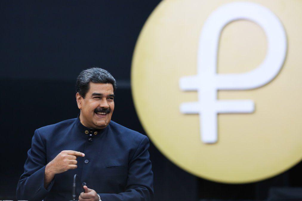 Venezuela utilizará la criptomoneda petro para la compra de autos y viviendas