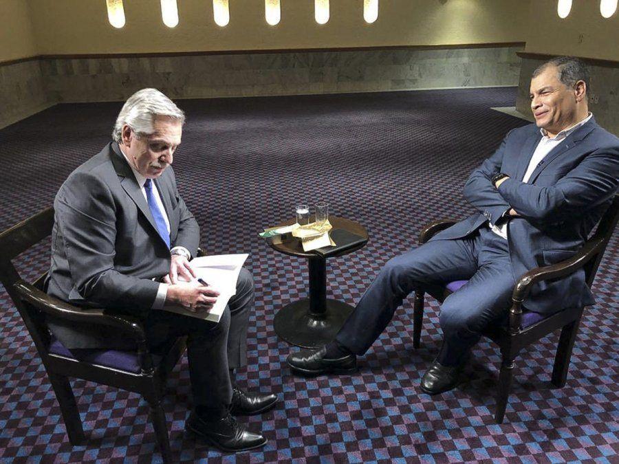 El presidente electo Alberto Fernández durante la entrevista en programa Conversando con Correa