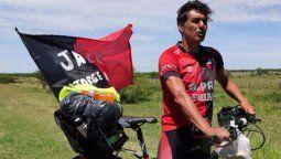 Jorge Nini, hincha de Colón que se va a Paraguay en bicicleta