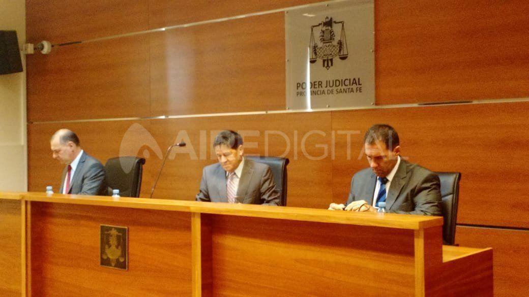 Calderón fue juzgado en libertad. Los fiscales solicitaron la prisión preventiva pero el pedido no fue avalado por el tribunal.