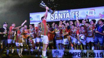 Sportivo Las Parejas venció a Central Córdoba y se quedó con la Copa Santa Fe
