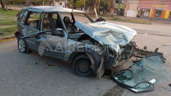 Chocaron, escaparon del coche y dejaron en el interior a una mujer herida