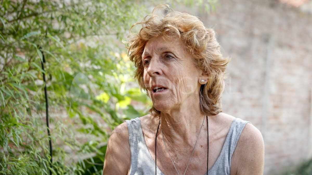 Liliana Berraz, presidenta de Manzanas Solidarias, contó que las familias comparten las hortalizas que producen en las huertas.