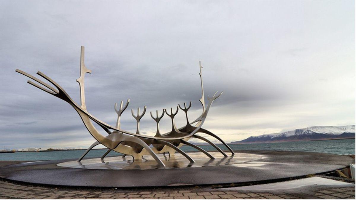 VIDEO: Hallaron en Noruega un barco fúnebre vikingo de más de 1.000 años