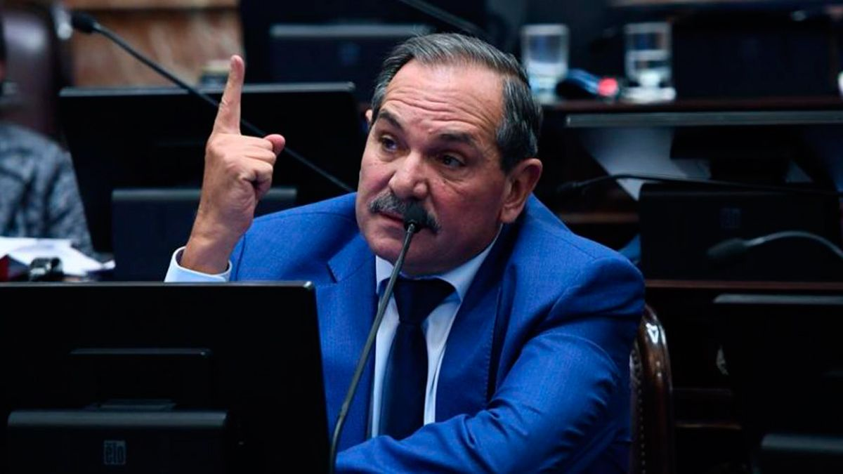 La Justicia tucumana habilitó la feria para tratar la denuncia contra Alperovich