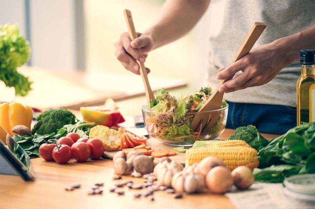 7 alimentos que debes consumir para aumentar tus defensas y fortalecer tu sistema inmunológico