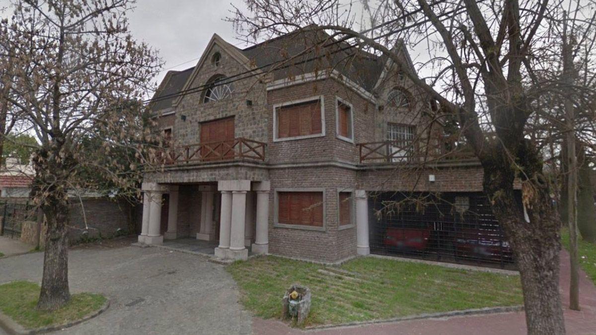 Esta es la casa de barrio Alberdi en Rosario en la que asesinaron aEma Pimpi