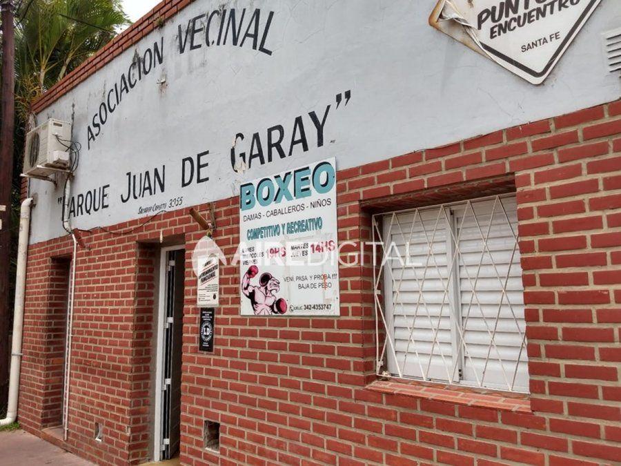 Sigue sin luz la vecinal Juan de Garay en la que el Municipio no pagó el servicio