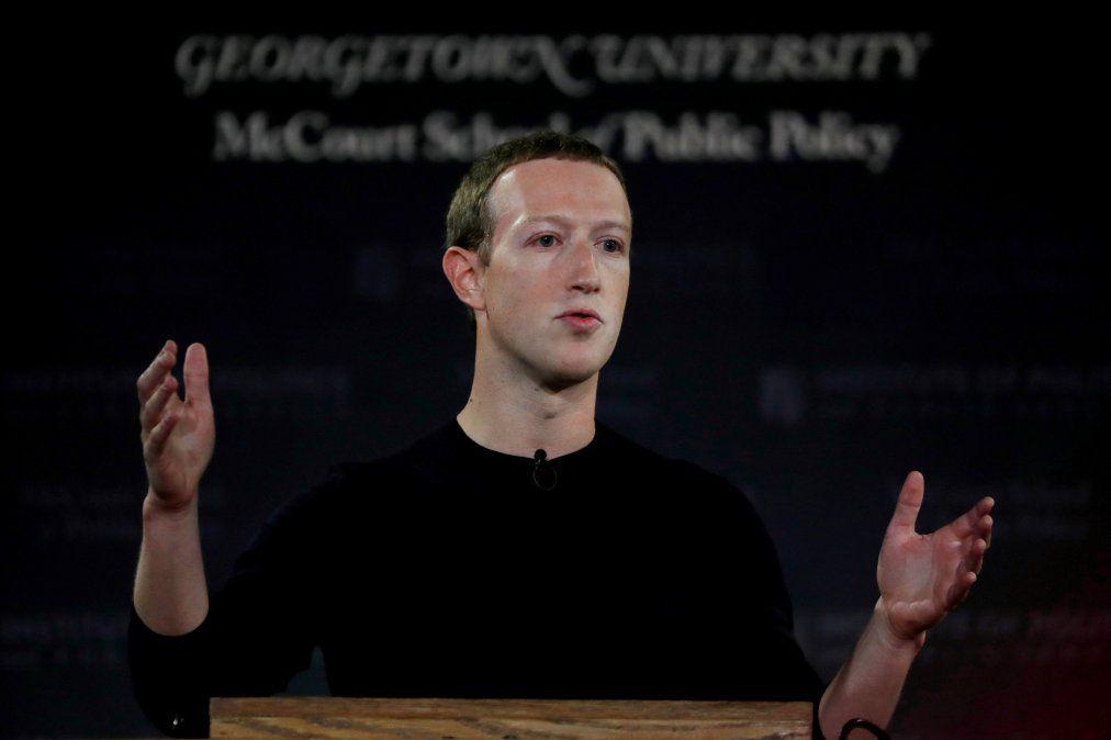 Zuckerberg denfendió su postura de permitir publicidad política falsa en Facebook