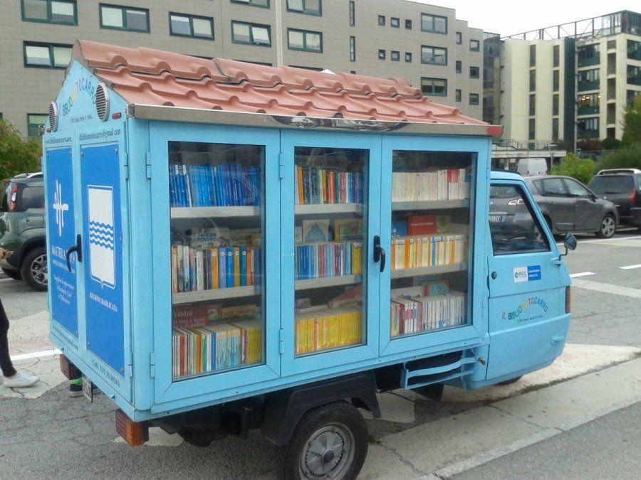 Italia: una biblioteca móvil acerca a los niños la posibilidad de leer