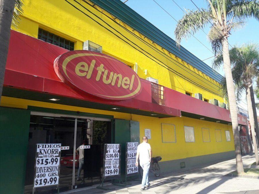 Hoy cumple 50 años El Túnel, uno de los supermercados ícono de la ciudad