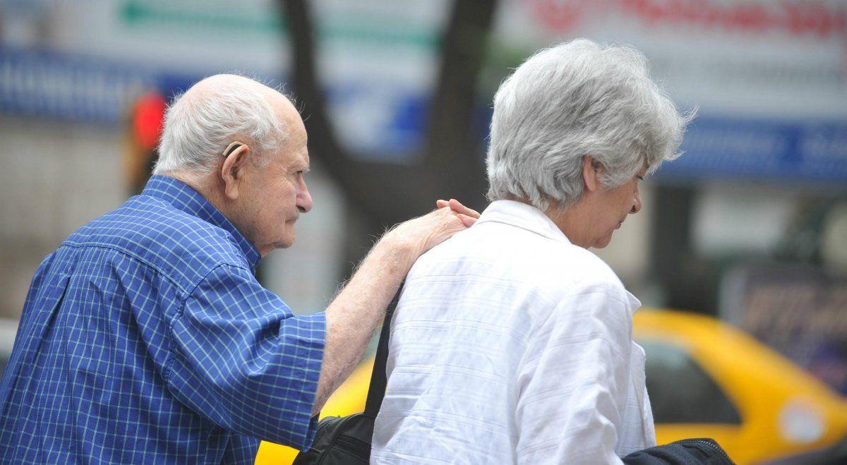 Pedirán que se declare inconstitucional el aumento a jubilados que anunció Alberto Fernández