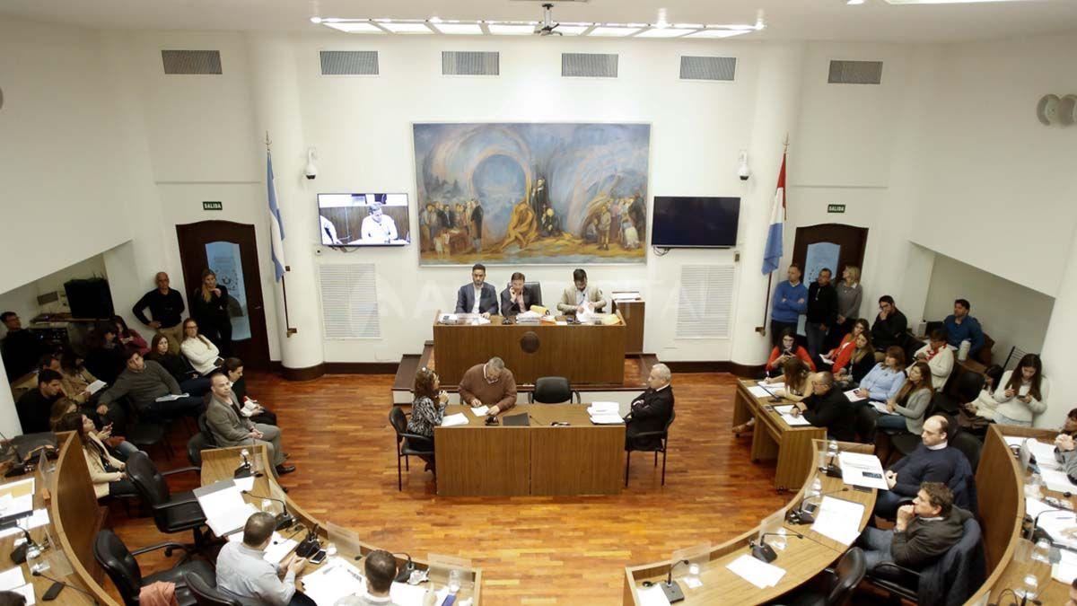 El Concejo aprobó la readecuación del Presupuesto pedida por Corral para afrontar las deudas del municipio