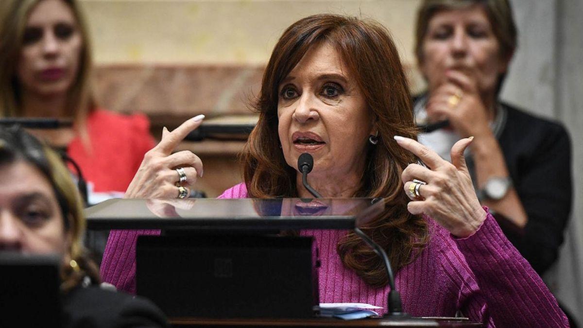 Cristina Kirchner se reúne con senadores del Frente de Todos para trazar una hoja de ruta