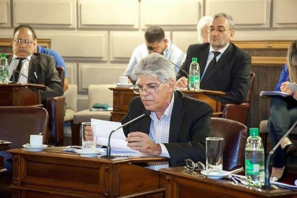 La polémica por los subsidios de los senadores santafesinos: ¿cuánto dinero reparten?