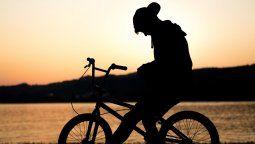 viajo desde alemania para recorrer la cordillera en bici y le robaron todo