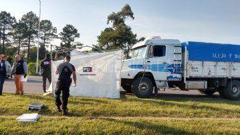 Confuso accidente en Autopista Sta. Fe-Rosario: una motociclista fallecida