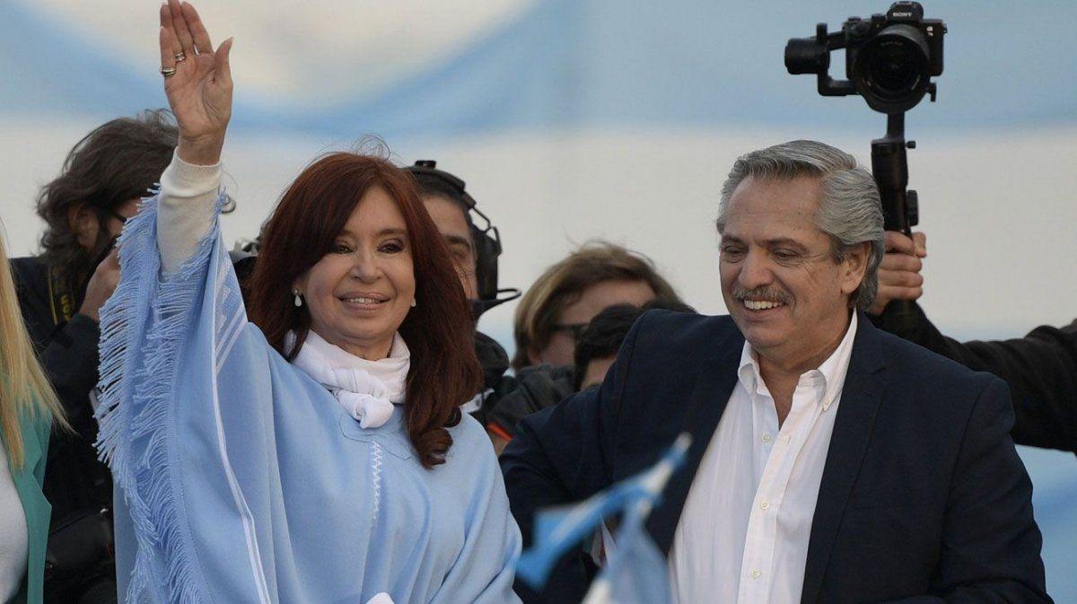 Alberto Fernández y Cristina Kirchner invitaron a los ciudadanos al traspaso de mando