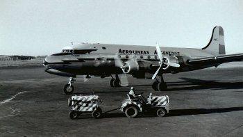 Hace 64 años aterrizaba el primer avión de Aerolíneas en Sauce Viejo