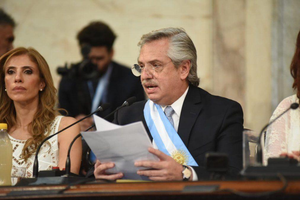 Sólo hace nueve días que Alberto Fernández dio su discurso luego de recibir el bastón de mando de Mauricio Macri.