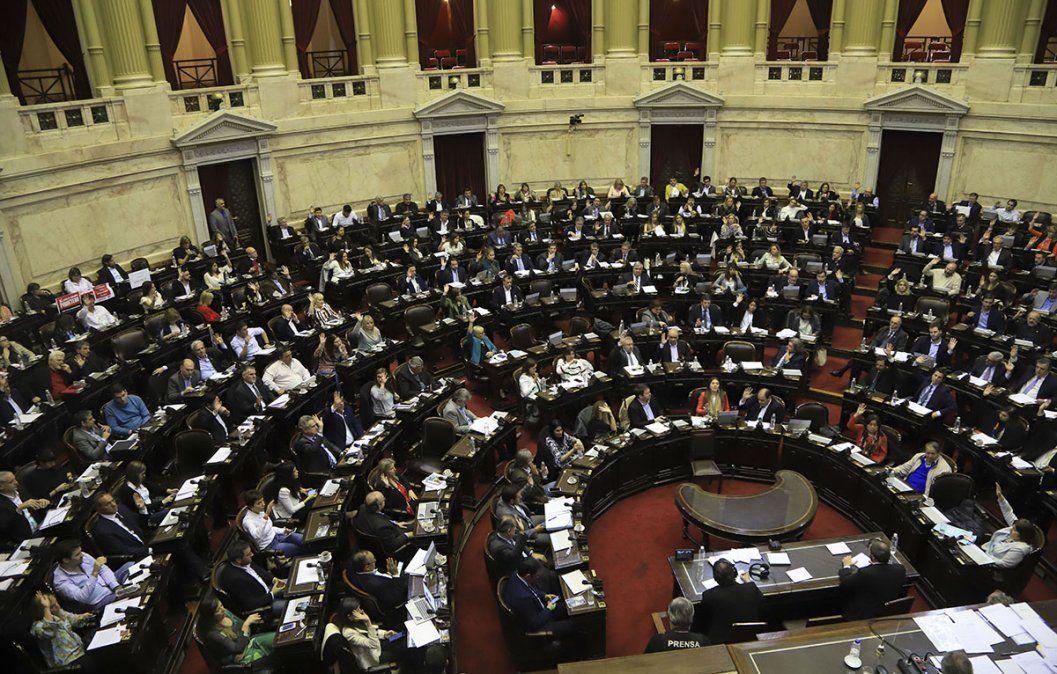 Diputados: el Gobierno postergó el envío del proyecto de Emergencia Económica