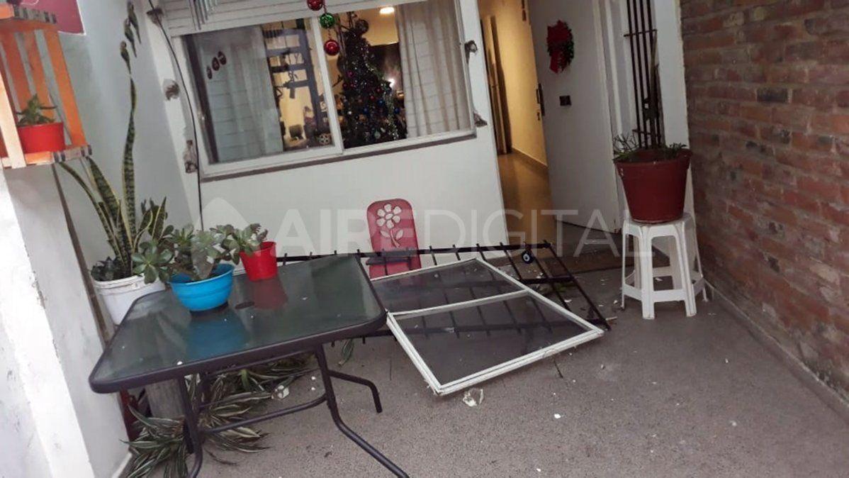 Entró a robar, llegaron los dueños y se escapó pero dejó la bicicleta