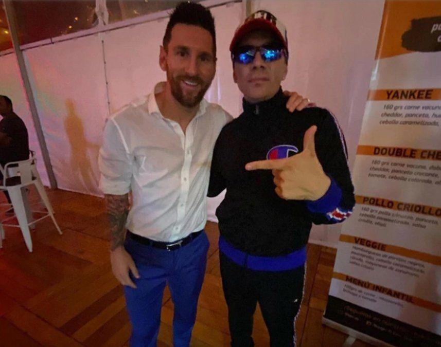 Qué noche, perri la foto de Pablo Lescano con Messi en la boda de Suárez