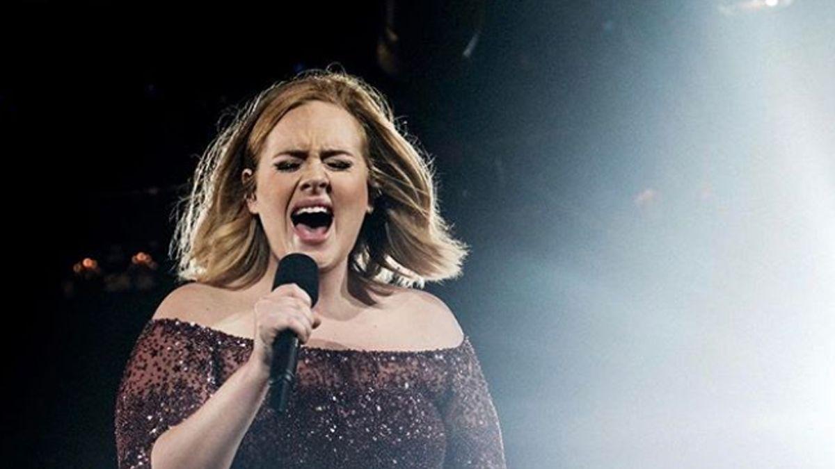 La británica Adele anunció un nuevo álbum para septiembre