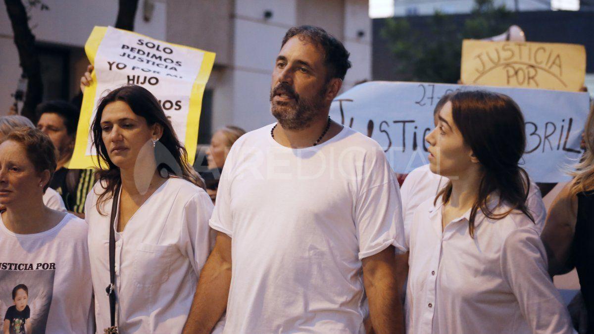 El padre de Gonzalo Glaria estuvo presente en la marcha en la que los rafaelinos reclamaron justicia por su hijo y basta de inseguridad.
