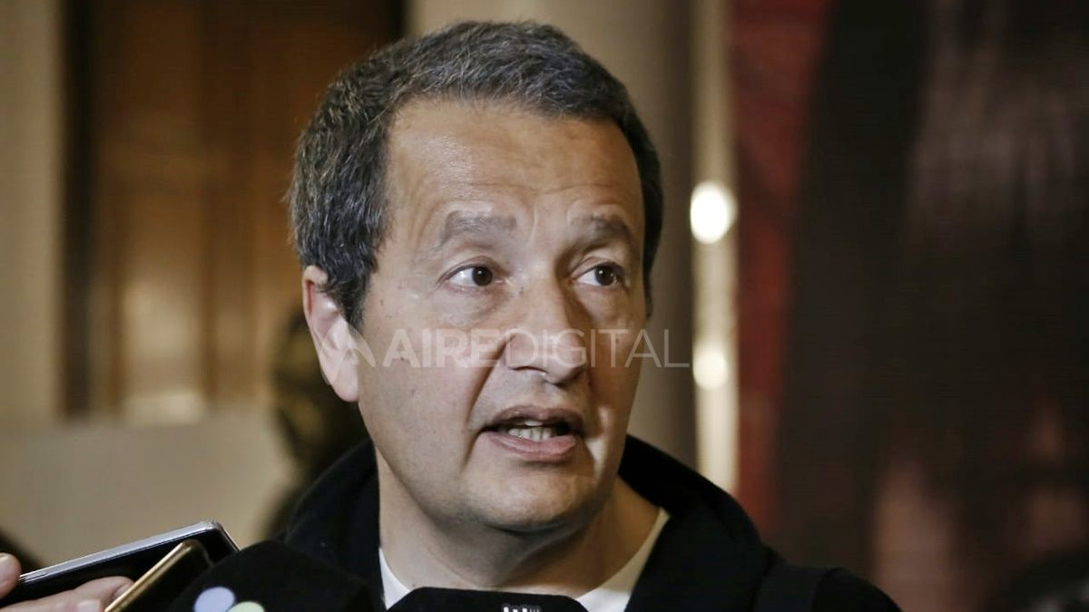 Carlos del Frade, diputado provincial por el Frente Social y Popular