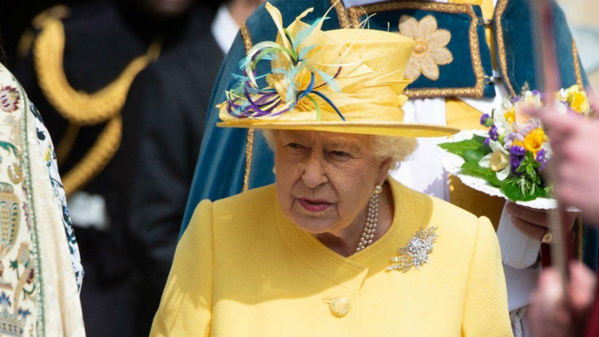 La reina Isabel  acepta y respeta la decisión de los duques de Sussex
