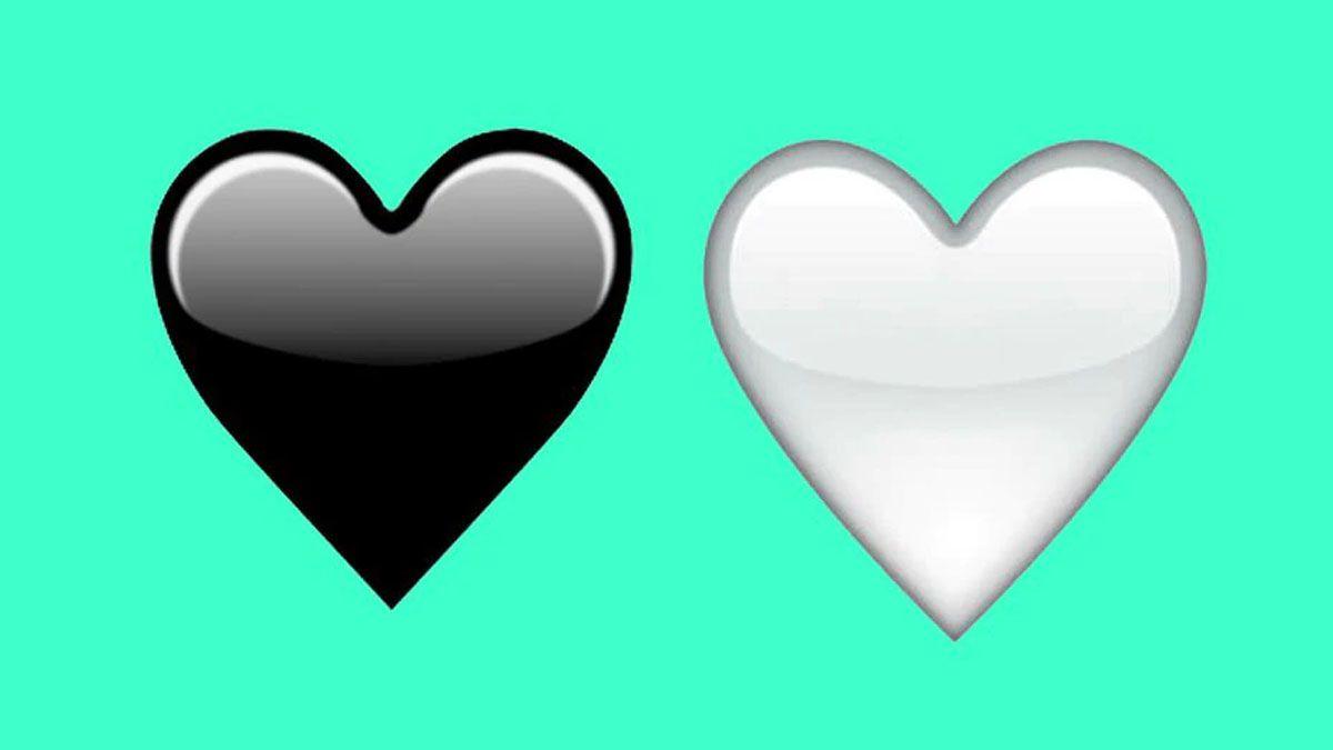 El raro significado del corazón blanco y negro de WhatsApp