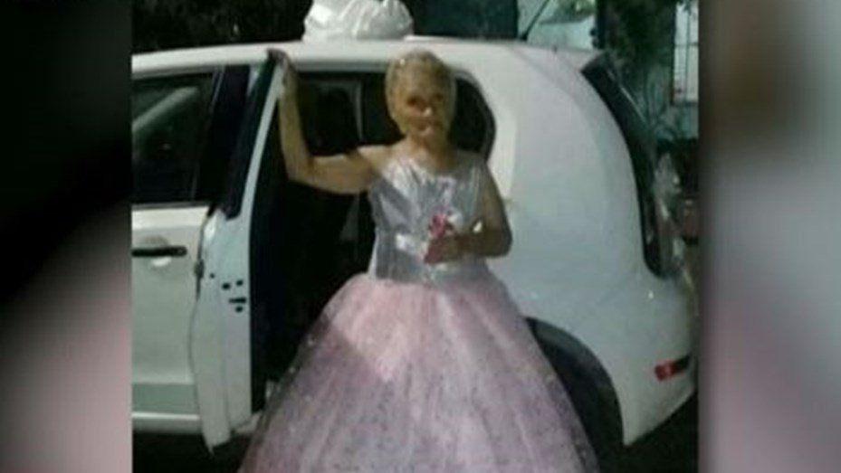 Una abuela festejó sus 15 a los 79 años