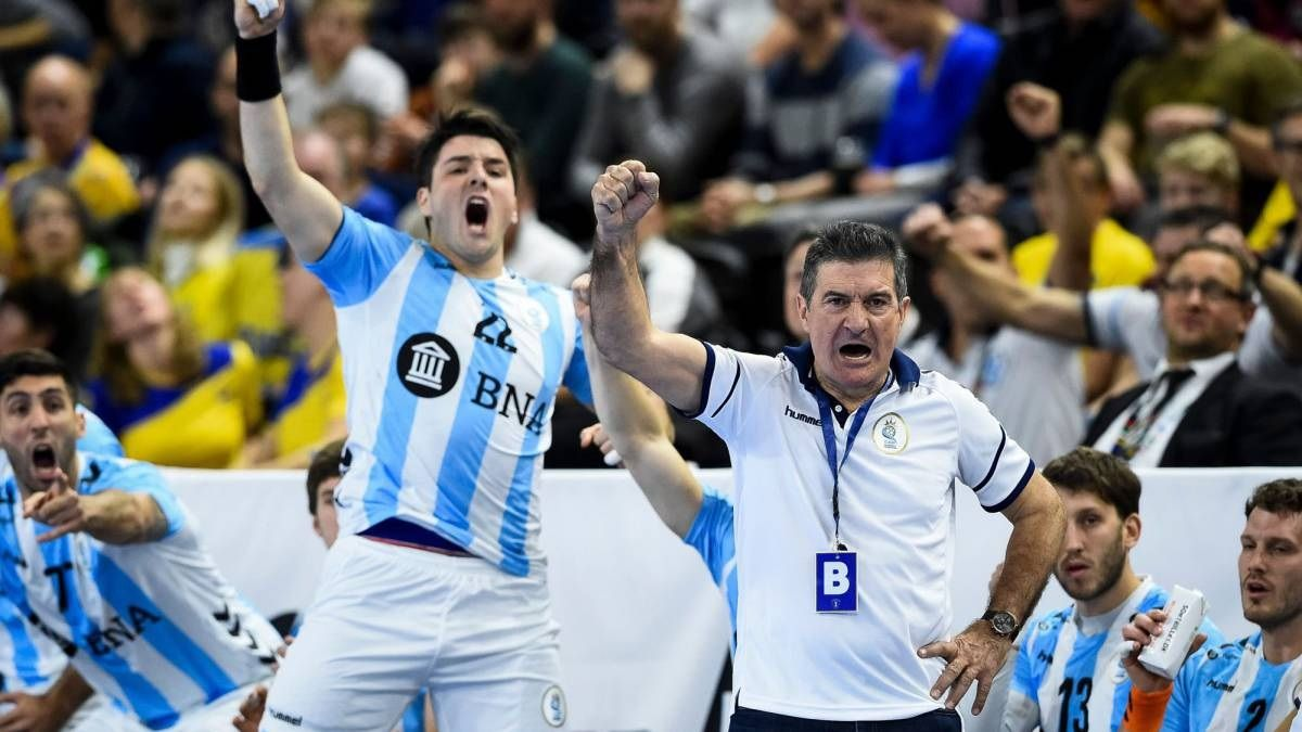 El entrenador Manolo Cadenas confía en lograr un lugar para el Mundial Egipto 2021