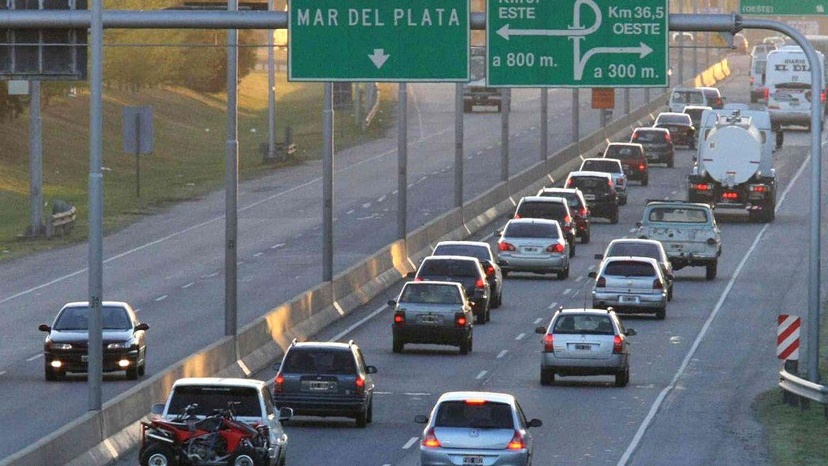 Más de 2.300 autos por hora circulan hacia la Costa Atlántica por el cambio de quincena