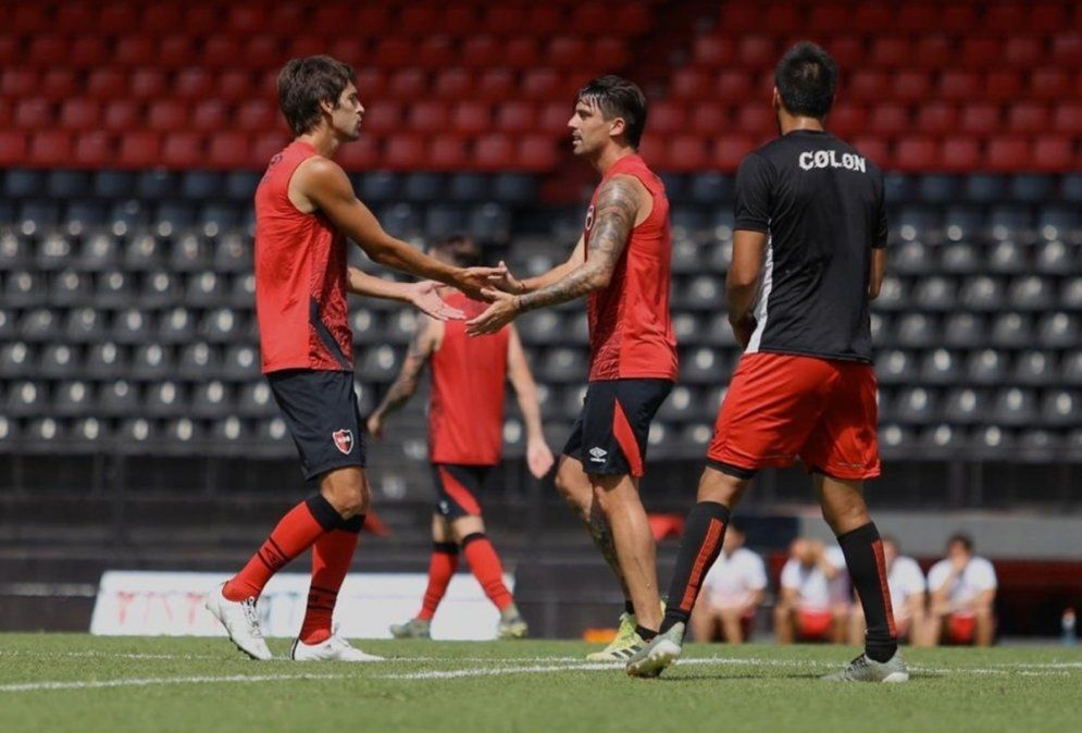 Derrota de Colón por 2-0 ante Newells en el último amistoso de la pretemporada