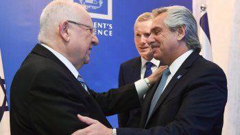Alberto Fernández se reúne con Putin y asiste al foro contra el antisemitismo