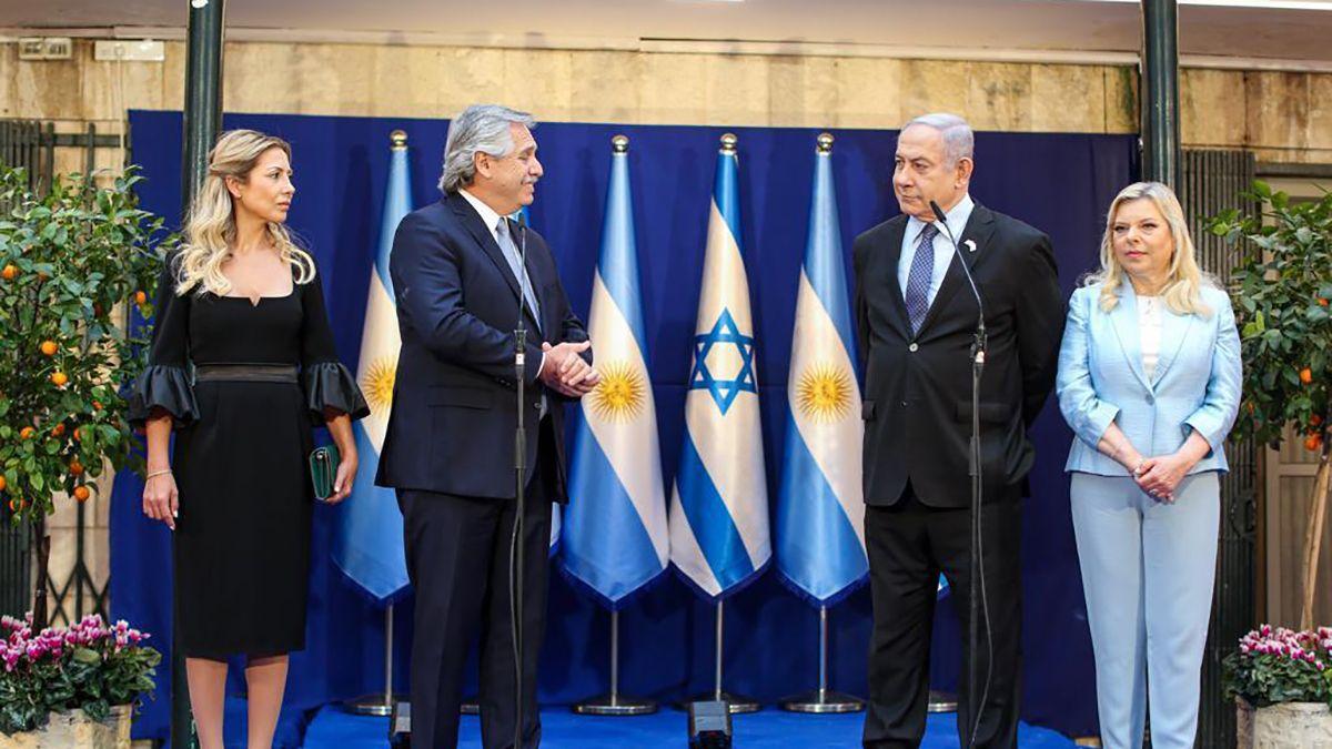Fernández y Netanyahu hicieron una breve declaración ante la prensa